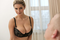 beautiful_boobs_with_katarina_hartlova_016.jpg